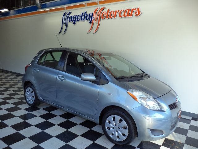 2009 TOYOTA YARIS LIFTBACK 5-DOOR AT 88k miles Here is a very clean one owner that has just arriv