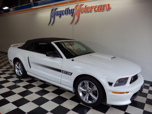 2007 FORD MUSTANG GT PREMIUM CONVERTIBLE 83k miles Here is one of the cleanest Mustangs you will