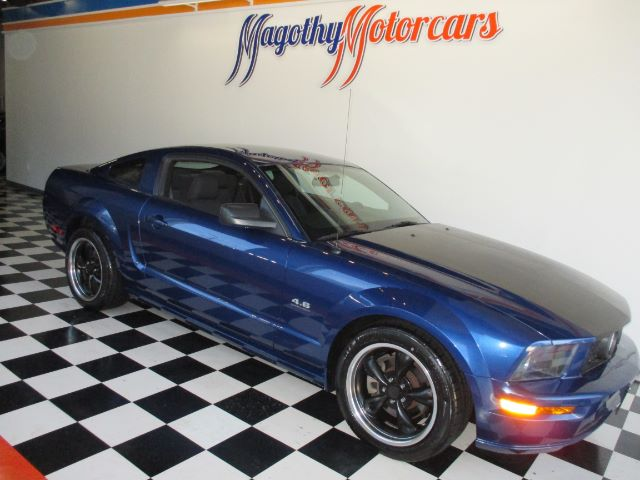 2007 FORD MUSTANG GT PREMIUM COUPE 65k miles Here is a great running low mile new car trade that
