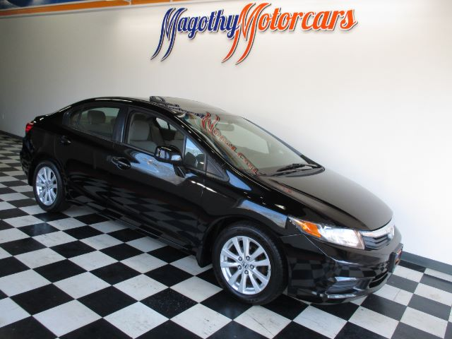 2012 HONDA CIVIC EX SEDAN 5-SPEED AT 75k miles Here is a great running Civic Ex that has just arri