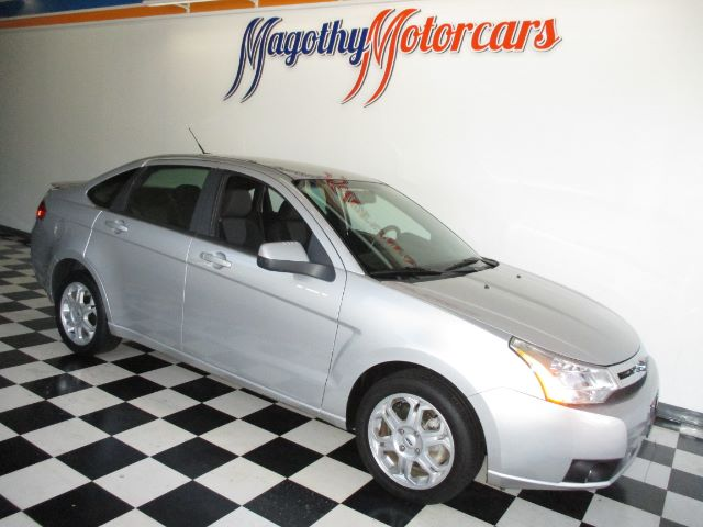 2009 FORD FOCUS SES SEDAN 67k miles Here is a great running local new car trade in that has just