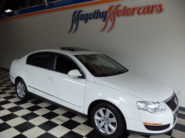 2006 VOLKSWAGEN PASSAT VALUE EDITION 89k miles Here is a very clean 2 owner dealer serviced Passat