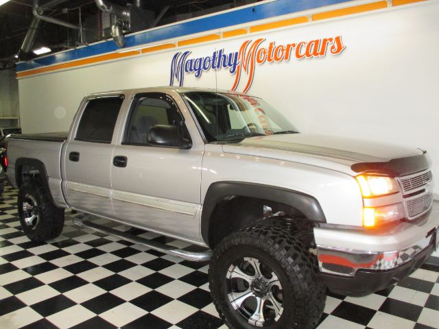 2006 CHEVROLET SILVERADO 1500 LT1 CREW CAB 2WD 96k miles Here is a very clean 2 owner local new