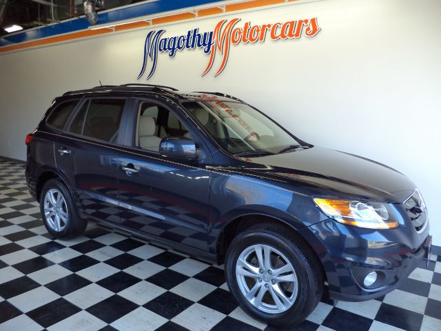 2011 HYUNDAI SANTA FE LIMITED 24 FWD 71k miles Here is a very clean one owner Limited that has j