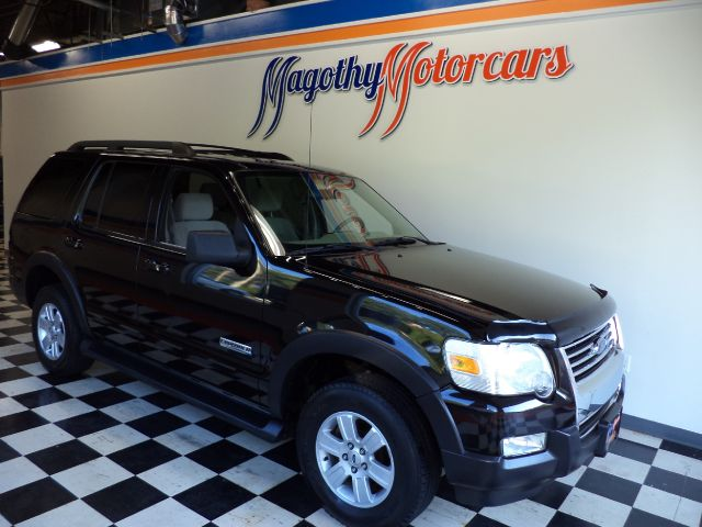 2007 FORD EXPLORER XLT 40L 4WD 100k miles Here is a great running and looking XLT that has just ar