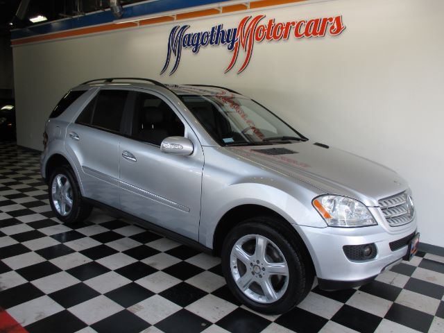2008 MERCEDES-BENZ M-CLASS ML350 91k miles Here is a very clean local new car trade in that has j