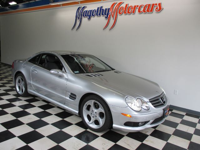 2004 MERCEDES-BENZ SL-CLASS SL500 25k miles Here is a great running local low mileage SL500 that