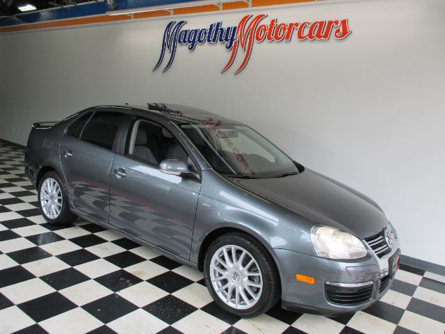 2009 VOLKSWAGEN JETTA WOLFSBURG EDITION 82k miles Here is a great running local new car trade in