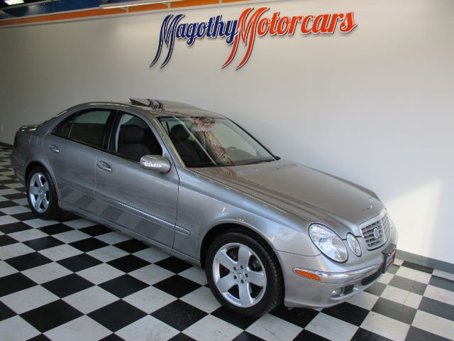 2006 MERCEDES-BENZ E-CLASS E500 82k miles Here is a great running one owner super clean new car