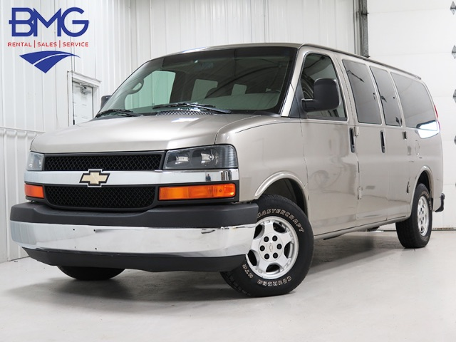 2004 chevrolet express g1500 awd passenger van for sale. Black Bedroom Furniture Sets. Home Design Ideas