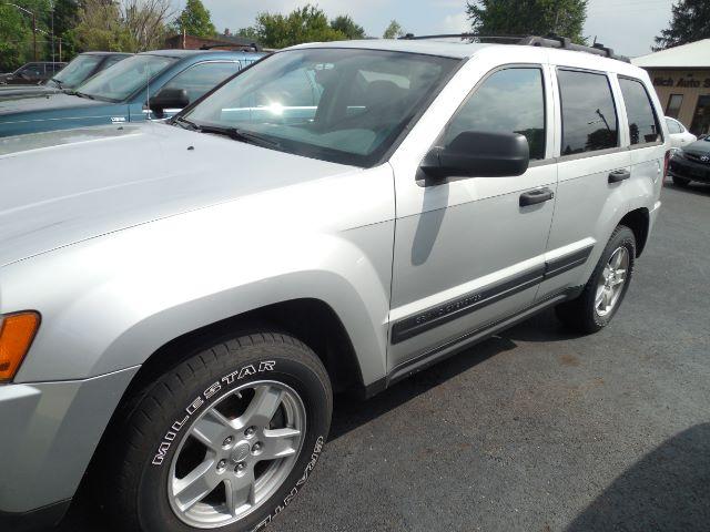 2005 Jeep Grand Cherokee Laredo 4WD at Rich Auto Sales
