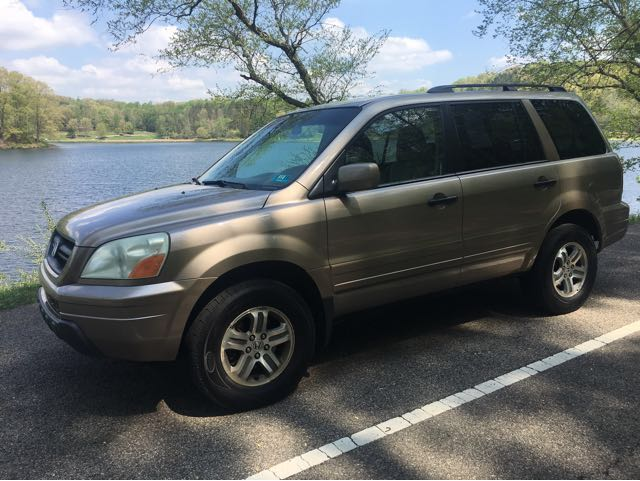 2003 Honda Pilot EX w/ Leather and DVD at Rich Auto Sales
