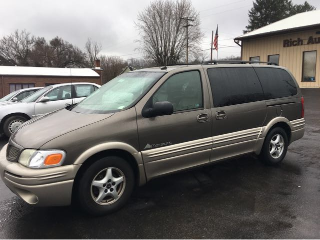 2002 Pontiac Montana 1SE Extended at Rich Auto Sales