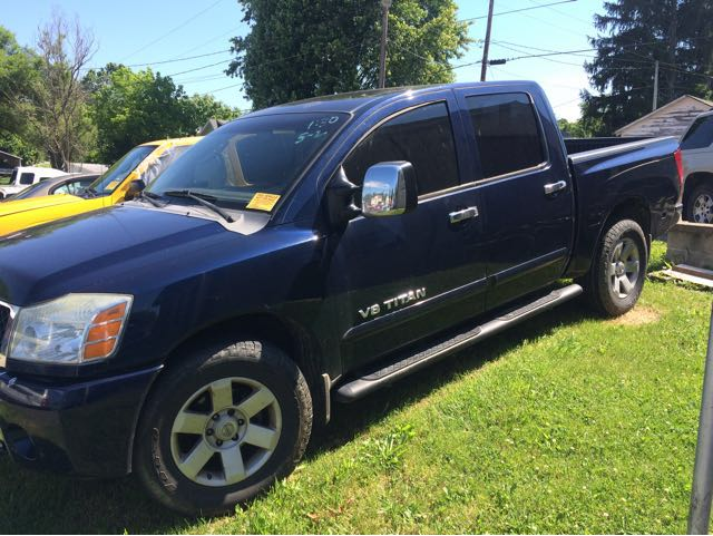 2006 Nissan Titan LE Crew Cab 4WD at Rich Auto Sales