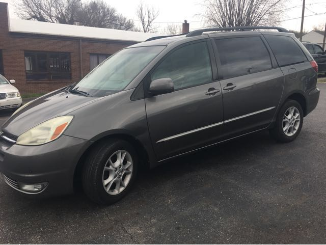 2004 Toyota Sienna XLE Limited AWD at Rich Auto Sales