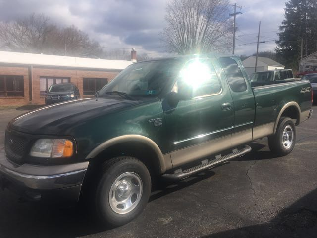 2003 Ford F-150 XLT SuperCab 4WD at Rich Auto Sales