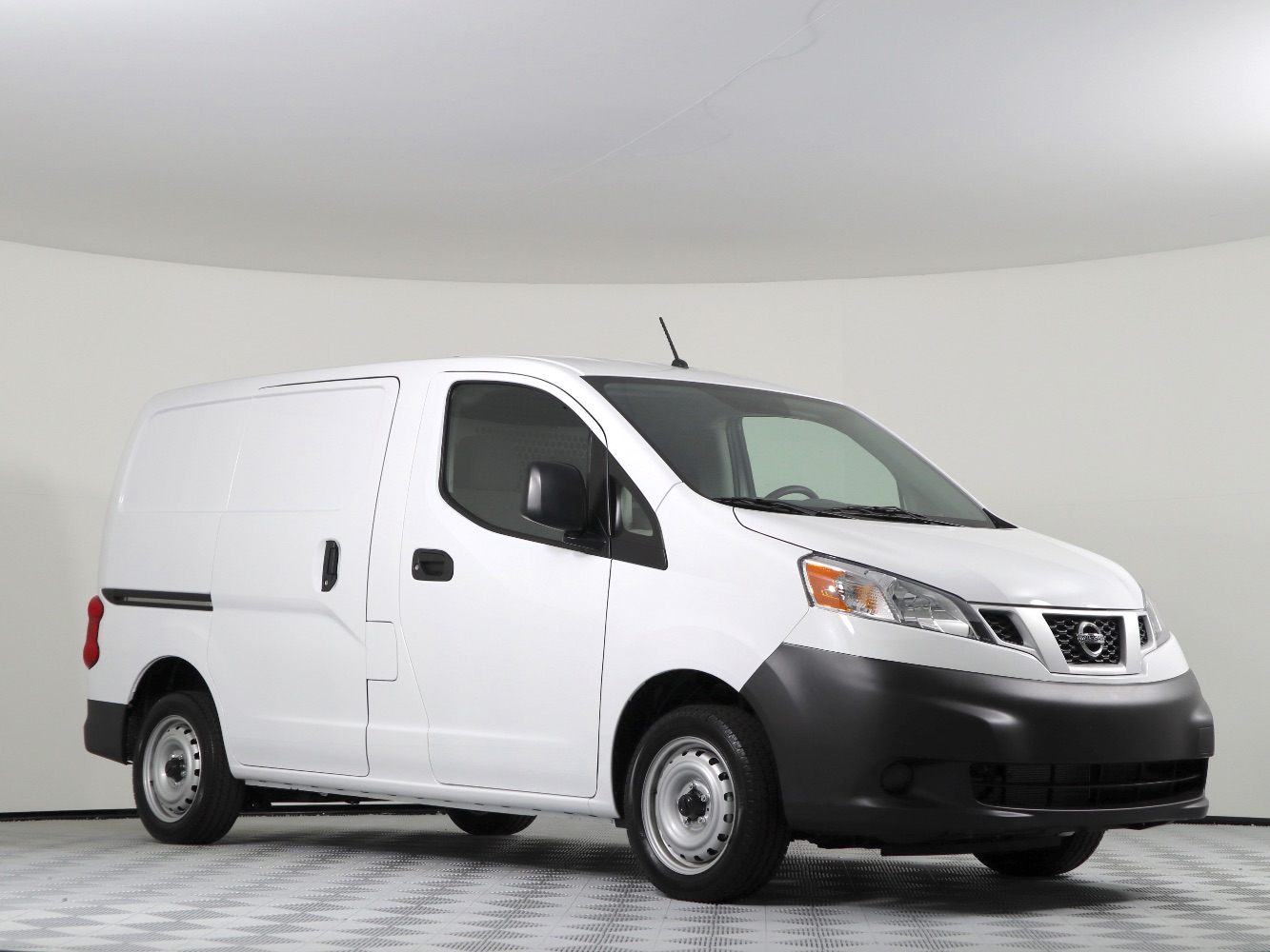 NV 200