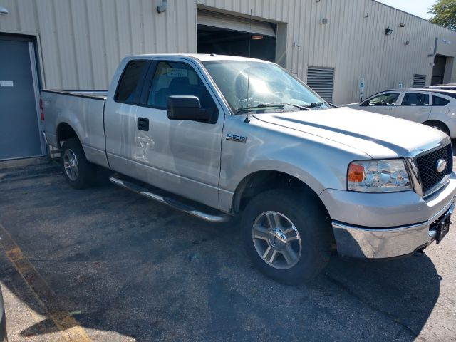 2007 Ford F-150 XLT SuperCab 4WD for sale at Ideal Motorcars