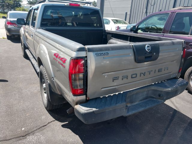 2004 Nissan Frontier XE-V6 Crew Cab Long Bed 4WD for sale at Ideal Motorcars