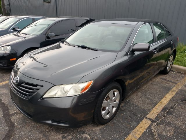 2007 Toyota Camry LE 5-Spd AT for sale at Ideal Motorcars