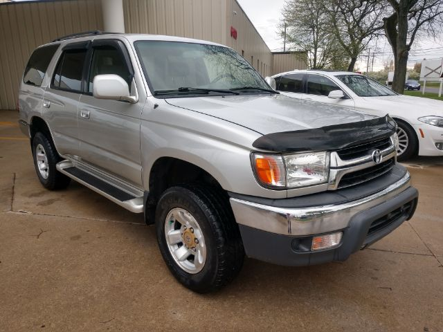 2002 Toyota 4Runner SR5 2WD for sale at Ideal Motorcars