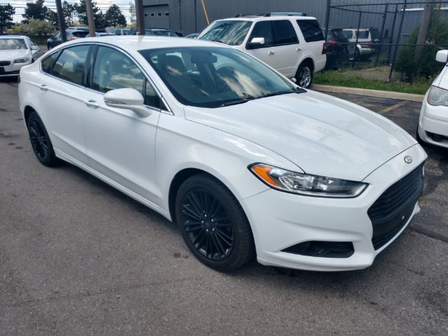 2013 Ford Fusion SE for sale at Ideal Motorcars