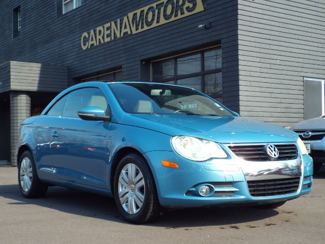 2010 Volkswagen Eos for sale in Twinsburg, Ohio