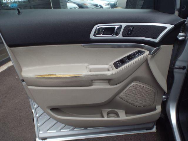 2011 Ford Explorer XLT 4WD for sale at Carena Motors