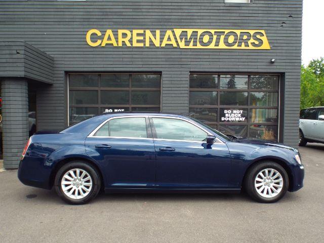 2014 Chrysler 300 RWD for sale at Carena Motors
