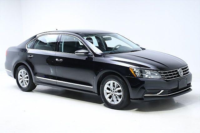2017 Volkswagen Passat for sale in Twinsburg, Ohio