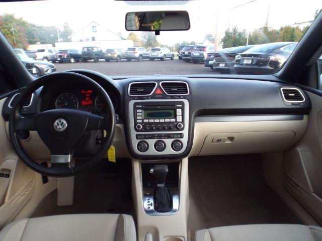 2009 Volkswagen Eos Komfort for sale at Carena Motors
