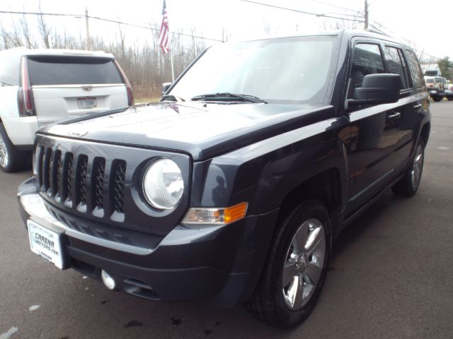 2016 Jeep Patriot Latitude 4WD for sale at Carena Motors
