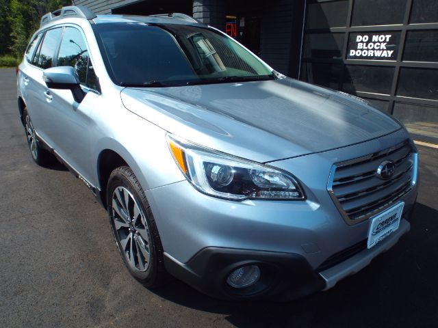 2015 Subaru Outback for sale in Twinsburg, Ohio