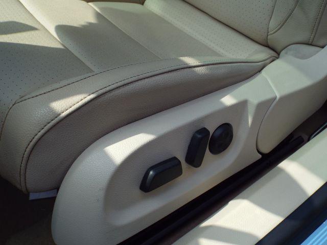 2015 Volkswagen Eos Komfort for sale at Carena Motors