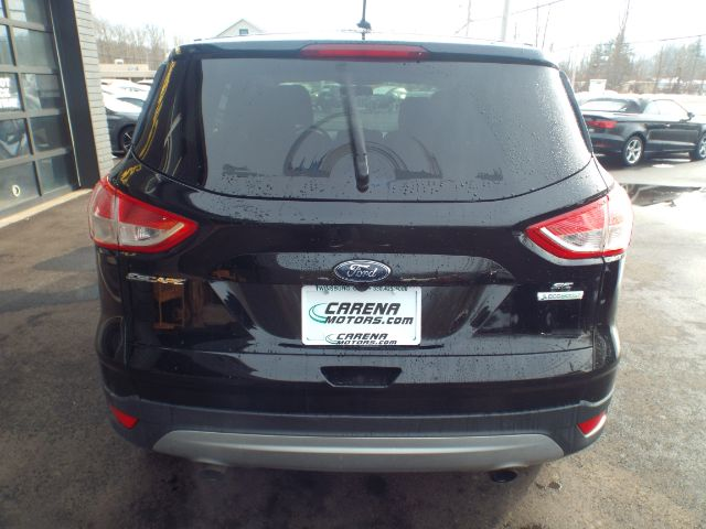 2016 Ford Escape SE FWD for sale at Carena Motors