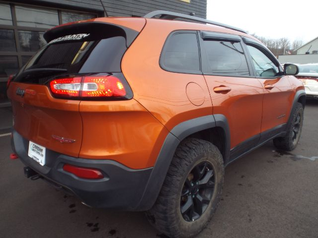2015 Jeep Cherokee Trailhawk 4WD for sale at Carena Motors