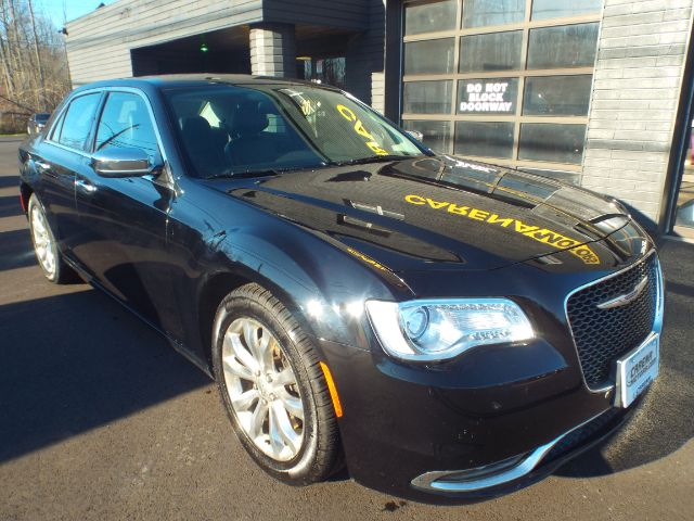 2016 Chrysler 300 for sale in Twinsburg, Ohio
