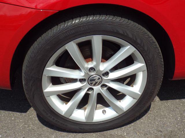 2013 Volkswagen Eos Komfort for sale at Carena Motors