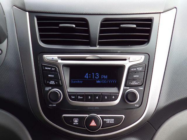 2016 Hyundai Accent SE 4-Door 6A for sale at Carena Motors