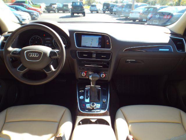 2013 Audi Q5 2.0 quattro Premium for sale at Carena Motors