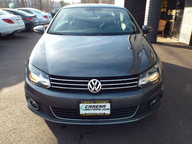 2014 Volkswagen Eos Komfort for sale at Carena Motors