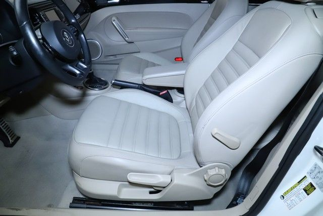 2013 Volkswagen Beetle 2.0T Turbo Convertible for sale at Carena Motors