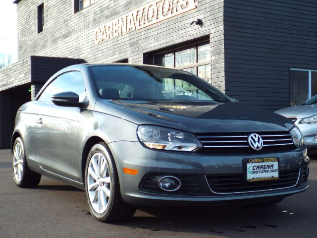 2014 Volkswagen Eos for sale in Twinsburg, Ohio