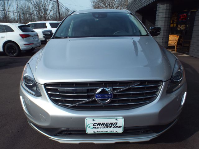 2017 Volvo XC60 T6 Dynamic AWD for sale at Carena Motors