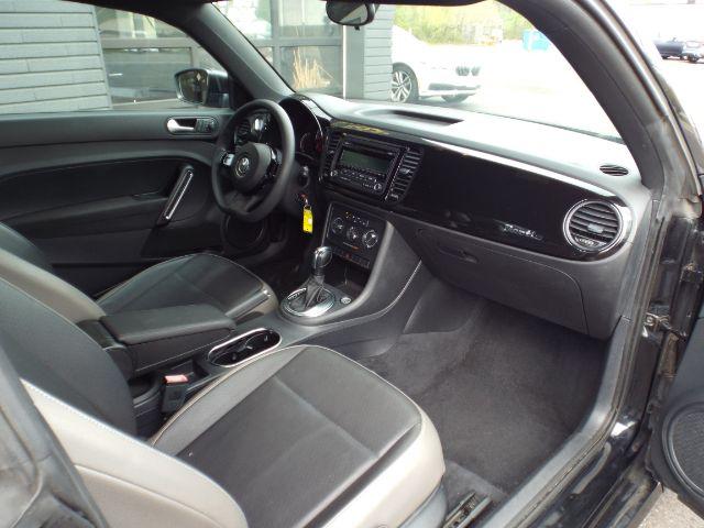 2015 Volkswagen Beetle 1.8T Classic for sale at Carena Motors