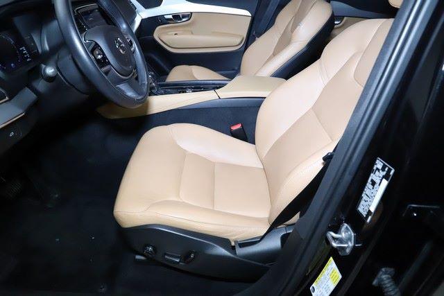 2018 Volvo XC90 T5 Momentum for sale at Carena Motors