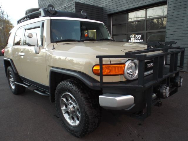 2012 Toyota FJ Cruiser 4WD AT for sale at Carena Motors