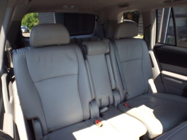 2013 Toyota Highlander Base 4WD for sale at Carena Motors