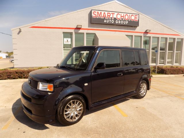 2005 SCION XB WAGON 177k miles Options ABS Brakes Air Conditioning AMFM Radio Cargo Area Cove