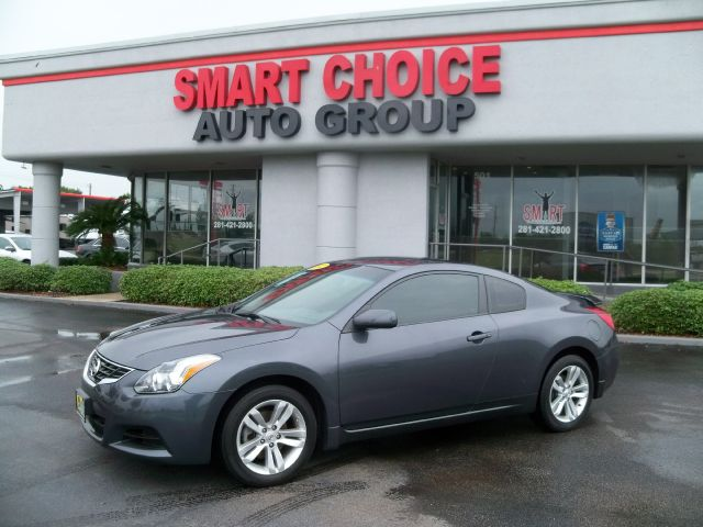 2012 NISSAN ALTIMA 25 S CVT COUPE 43k miles Options ABS Brakes Air Conditioning Alloy Wheels